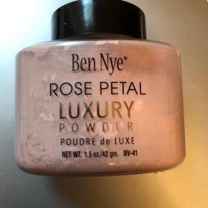 Ben Nye Rose Petal